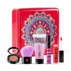 kit-maes--mini-sabonete-demaquilante---batom-mate-vermeli---mini-mascara-divina---pincel-multiuso---mini-blush-cerejetim---lata-cereja